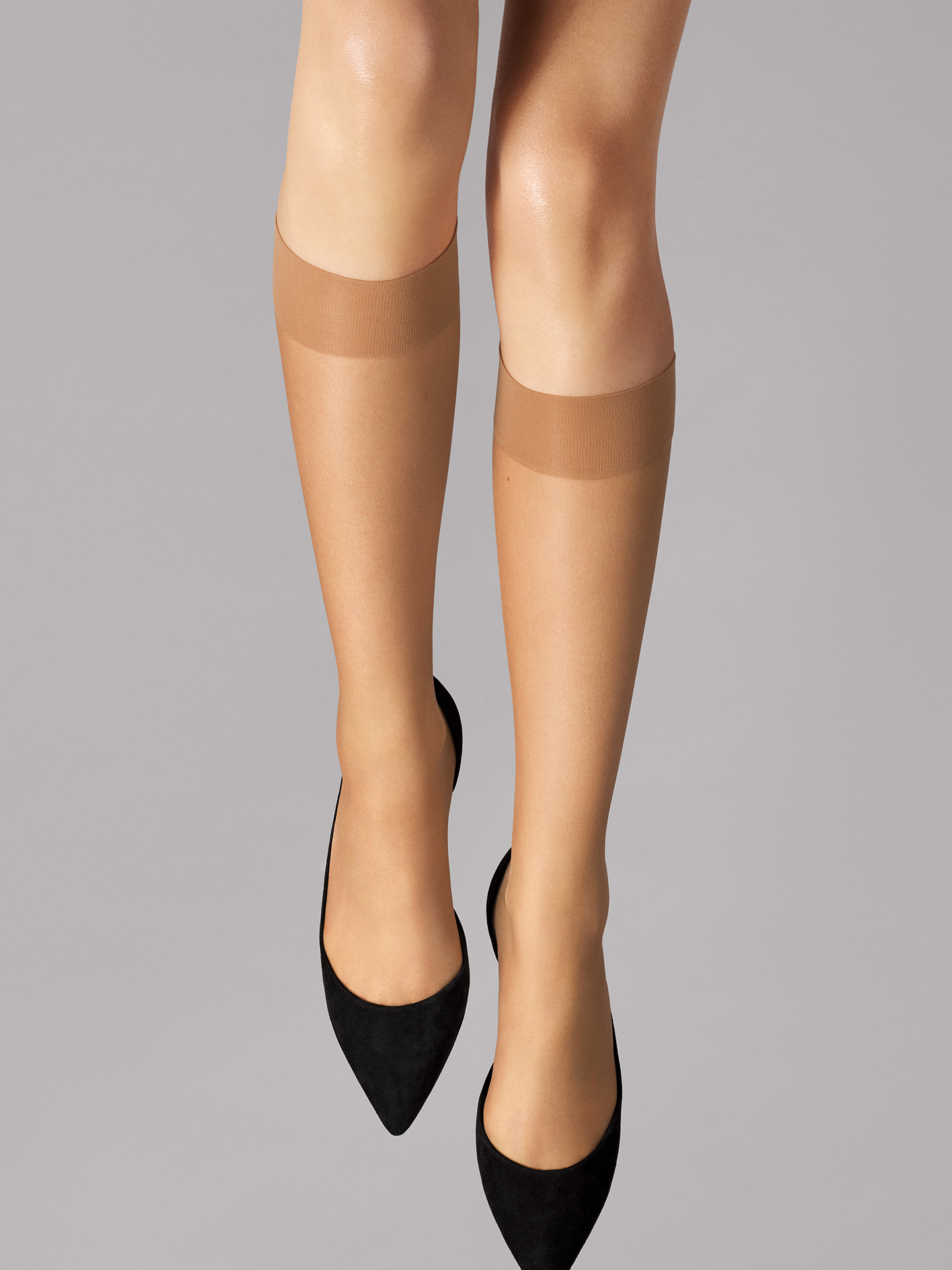 Wolford Apparel & Accessories > Clothing > Gambaletti Nude 8 Knee-Highs - 4060 - M