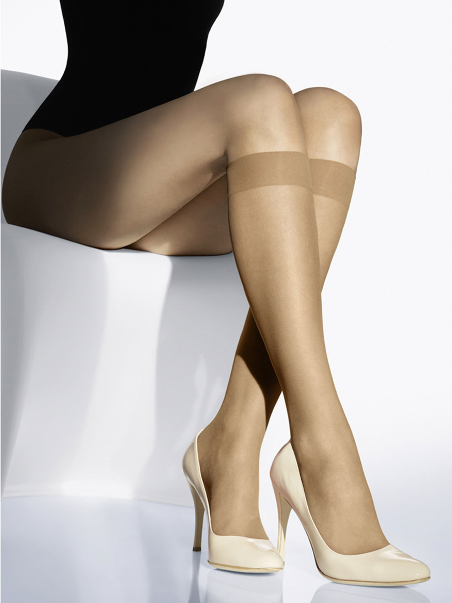 Wolford Apparel & Accessories > Clothing > Gambaletti Luxe 9 Knee-Highs
