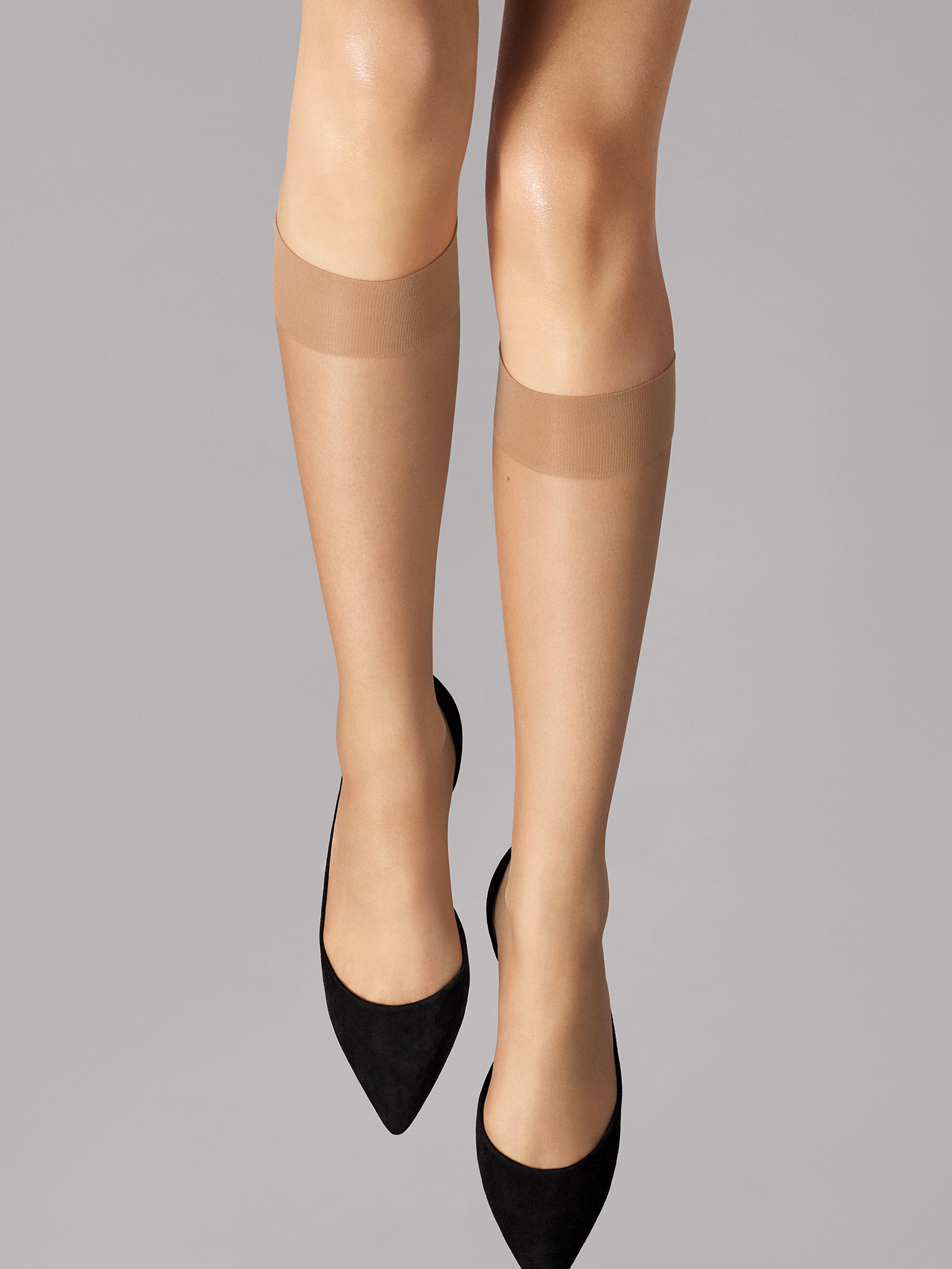 Wolford Apparel & Accessories > Clothing > Gambaletti Nude 8 Knee-Highs - 4467 - S